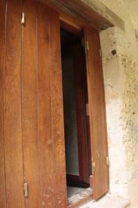 finestra desbotada